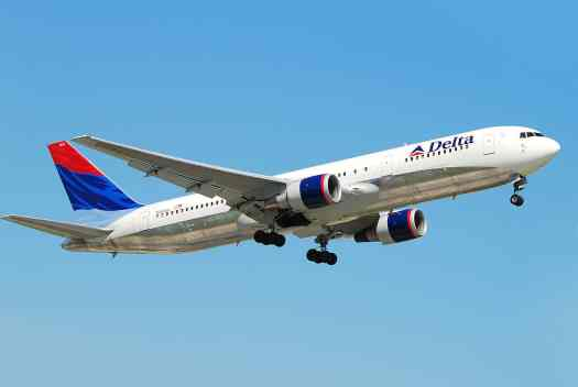 image-of-delta-airlines-boeing-767-in-flight-credit-andrei-dimofte