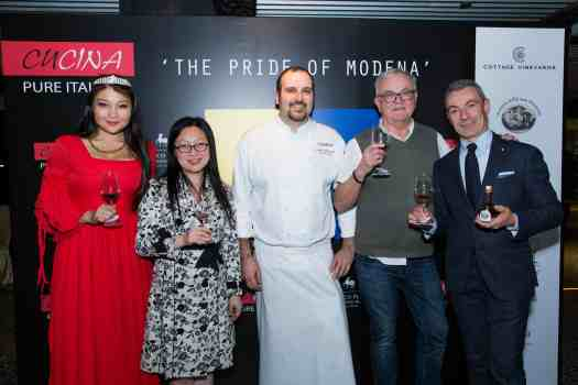image-of-Italian-wine-pairing-guests