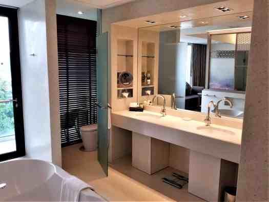 image-of-amari-ocean-pattaya-resort-hotel-bathroom