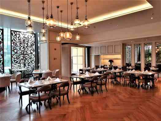 image-of-bangkok-cafe-dining-room