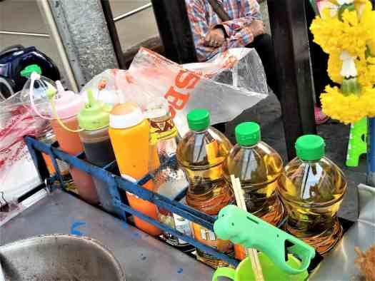 image-of-thai-street-food-vendoer-ingredients