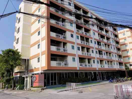 image of-golden-sea-pattaya-hotel-entrance