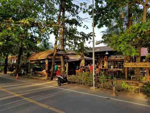 th-phuket-hotel-naiayng (1)