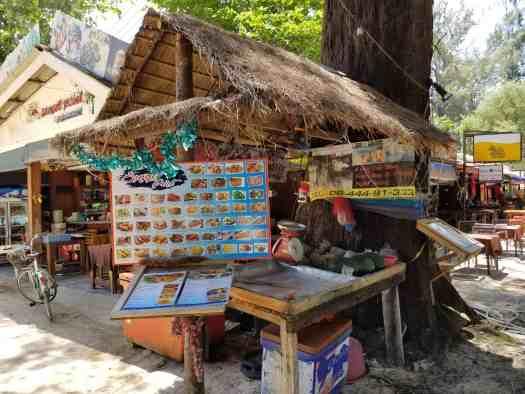 sea-sunset-point-restaurant-naiyang-phuket-thailand