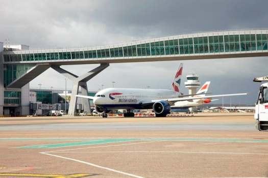 image-of-british-airways-at-london-gatwick-airport