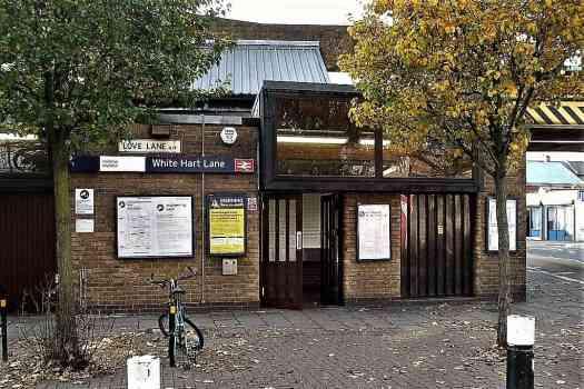 image-of-white-hart-line-station