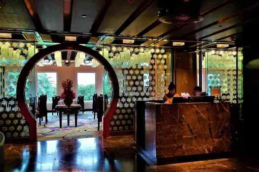 image-of-crystal-lotus-chinese-restaurant-at-hong-kong-disneyland-hotel