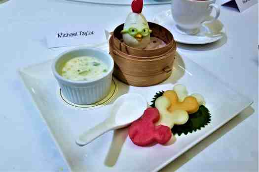 image-of-chinese-style-desserts-and-fruit