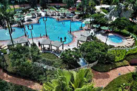 image-of-hong-kong-disneyland-hotel-outdoor-swimming-pool
