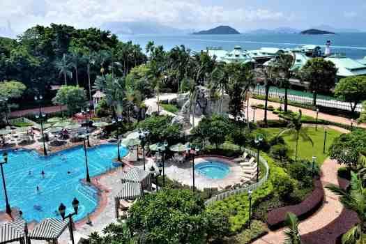 image-of-hong-kong-disneyland-hotel-swimming-pool