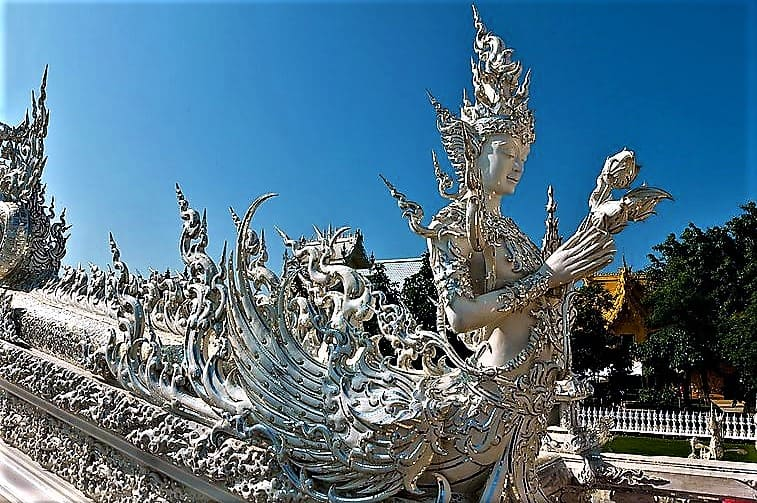 image-of-buddhist-statuary-at-white-temple-chiang-rai-thailand