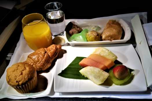 image-of-cathay-pacific-airways-business-class-breakfast