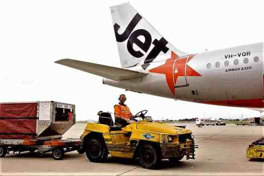 image-of-jetstar-luggage