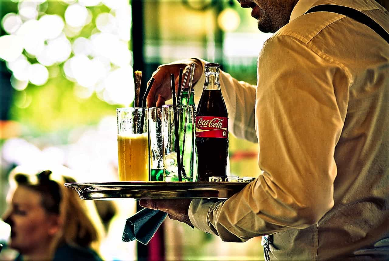 image-of-waiter-serving-drinks