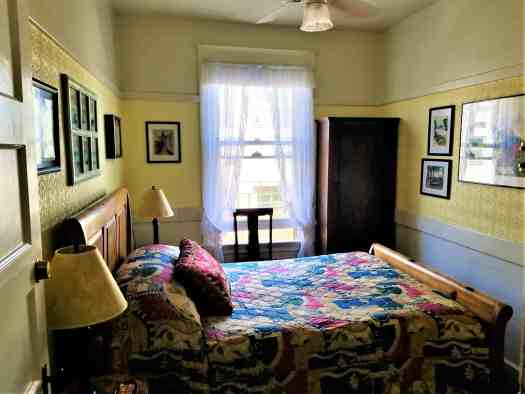 image-of-san-francisco-san-remo-hotel-guest-room-with-double-bed