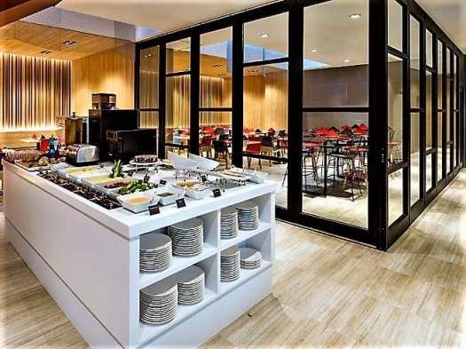 The Lodge all-day restaurant at Travelodge Dongdaemun in Seoul Korea
