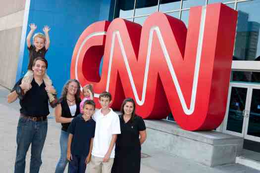 family-at-CNN--Studio-Tours
