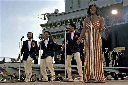 Gladys Knights and the Pips perform aboard aircraft carrier Credit United States Department of Defense