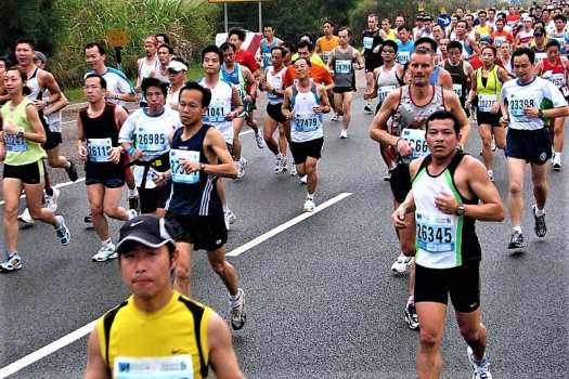 Hong-Kong-Marathon-running-through-the-streets-of-Hong-Kong