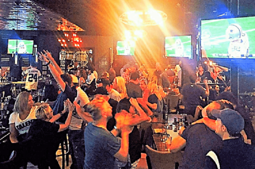 dallas-cowboys-bars-frankies-downtown-sports-bar