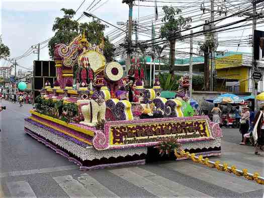 chiang-mai-flower-festival-floral-float