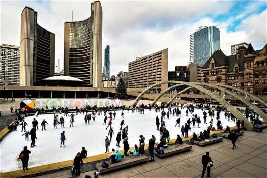 ice-rink-at-nathan-philips-square-in-downtown-tornoto