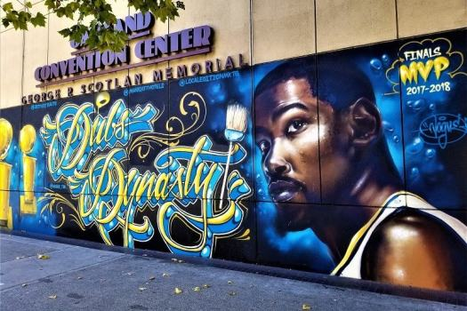 warriors-mural-at-oakland-convention-center