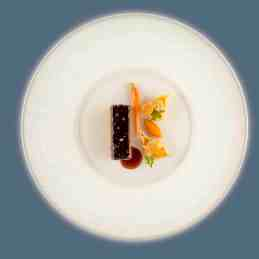 aviation-air-france Beef chuck in red wine, stuffed conchiglioni pasta shells and carrot purée