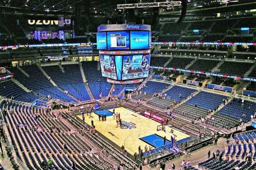 amway-center-basketball-court-in-orlando-florida