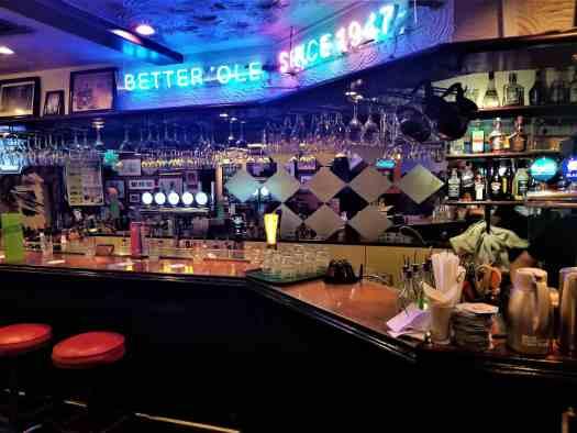 better-ole-hong-kong-british-pub-in-sheung-shui