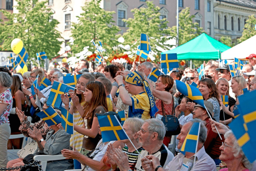 swedes-celebrating-swedish-national-day-in-stockholm