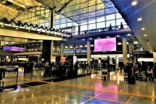 arrivals -hall-terminal-one-hong-kong-international-airport