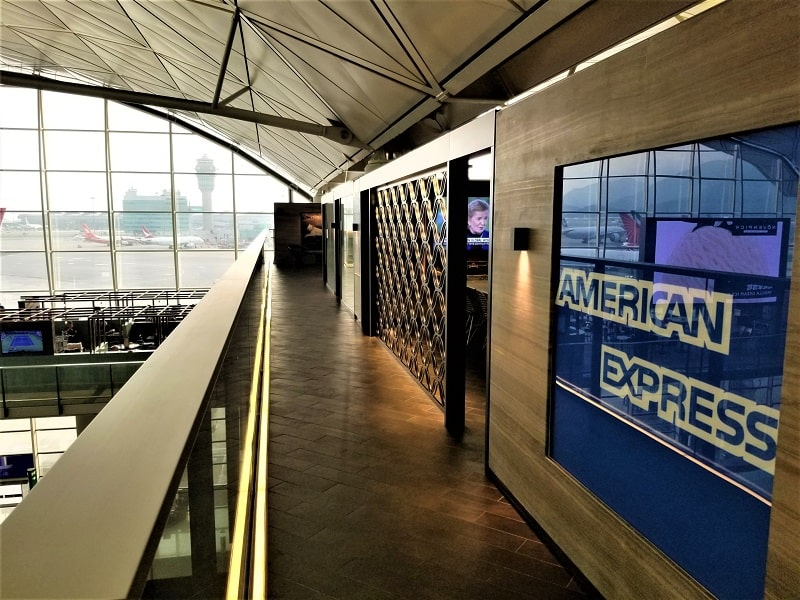 american-express-hong-kong-airport-lounge-entrance