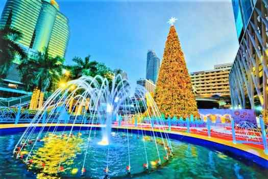 bangkok-thailand-world-of-happiness-Christmas-decorations