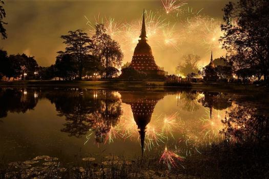 Sukothai-Festival-of-Light