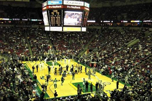 Seattle-SuperSonics-playing-at-KeyBank-Arena
