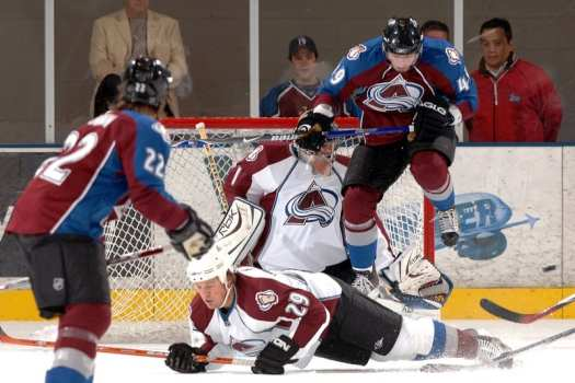 Colorado-Avalanche-play-at-US-academy-in-colorado-springs