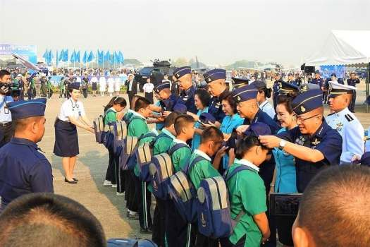 childrens-day-with-royal-thai-air-force