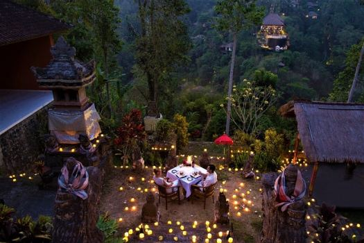 bali-restaurant-hanging-garden