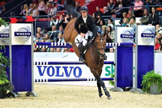horse-jumping-at-gothenburg-horse-show