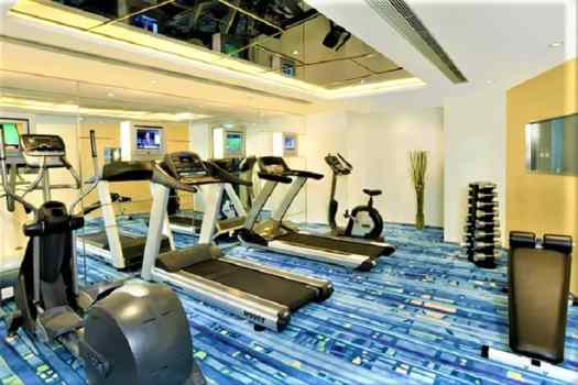 regal-oriental-hotel-fitness-room