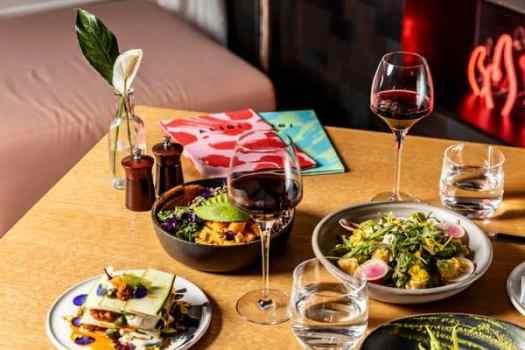 restaurant-in-room promotion-five-course-set-dinner