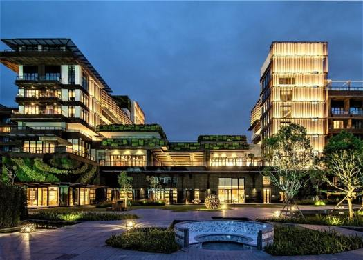 1-hotel-hainan-exterior-night-view