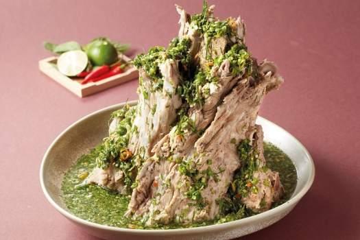 Laeng-Saeb-bamboo-thai-signature-dish