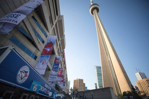 mlb-toronto-blue-jays-rogers-centre-2-© Destination Toronto