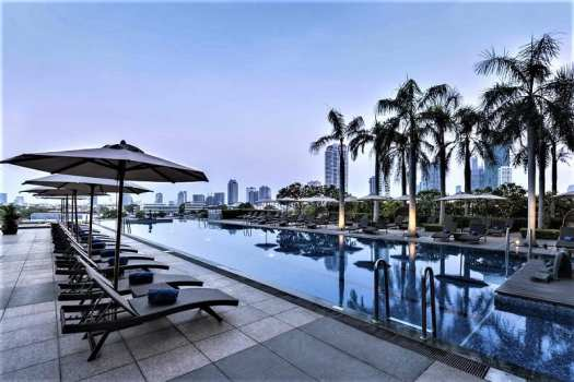 th-bkk-chatrium-hotel-swimming-pool-2