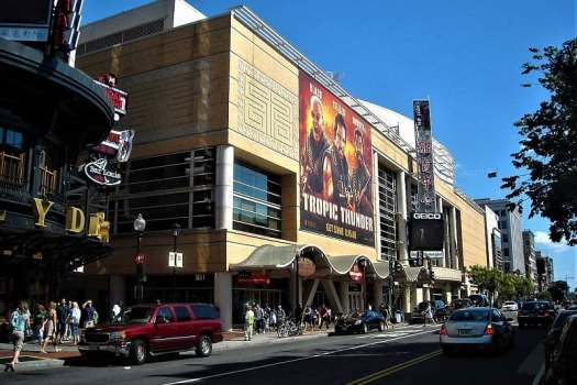 capital-one-arena-street-view