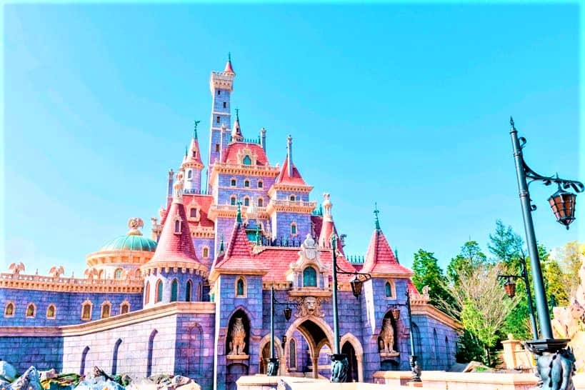 tokyo-disneyland-beauty-and-the-beast-castle