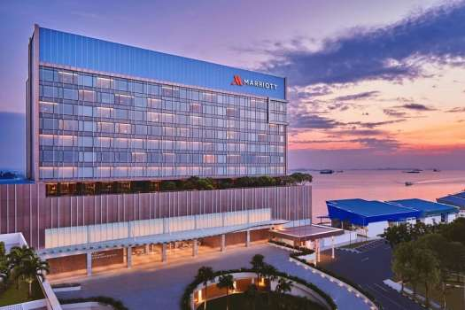 batam-marriott-hotel-harbour-bay-at-sunset