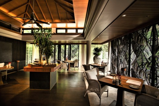 phuket-Michelin-restaurant-dining-room
